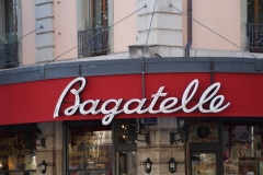 Bagatelle2